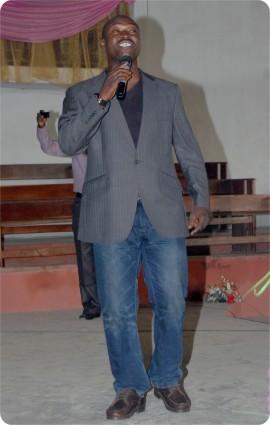Timothy OgunsanyaSinging
